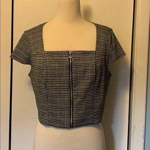 Wild Fable Black and White Crop Top NWT